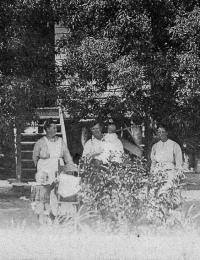 Heinrich Family 6 kids