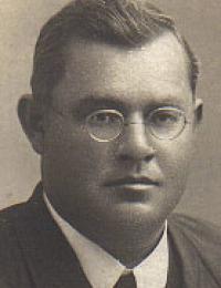 John Heinrich 1906